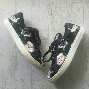Rebecca Minkoff Bleecker Floral Sneaker Size 6.5